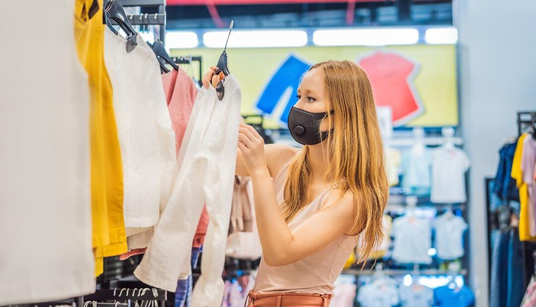 How to stay safe when you go out shopping